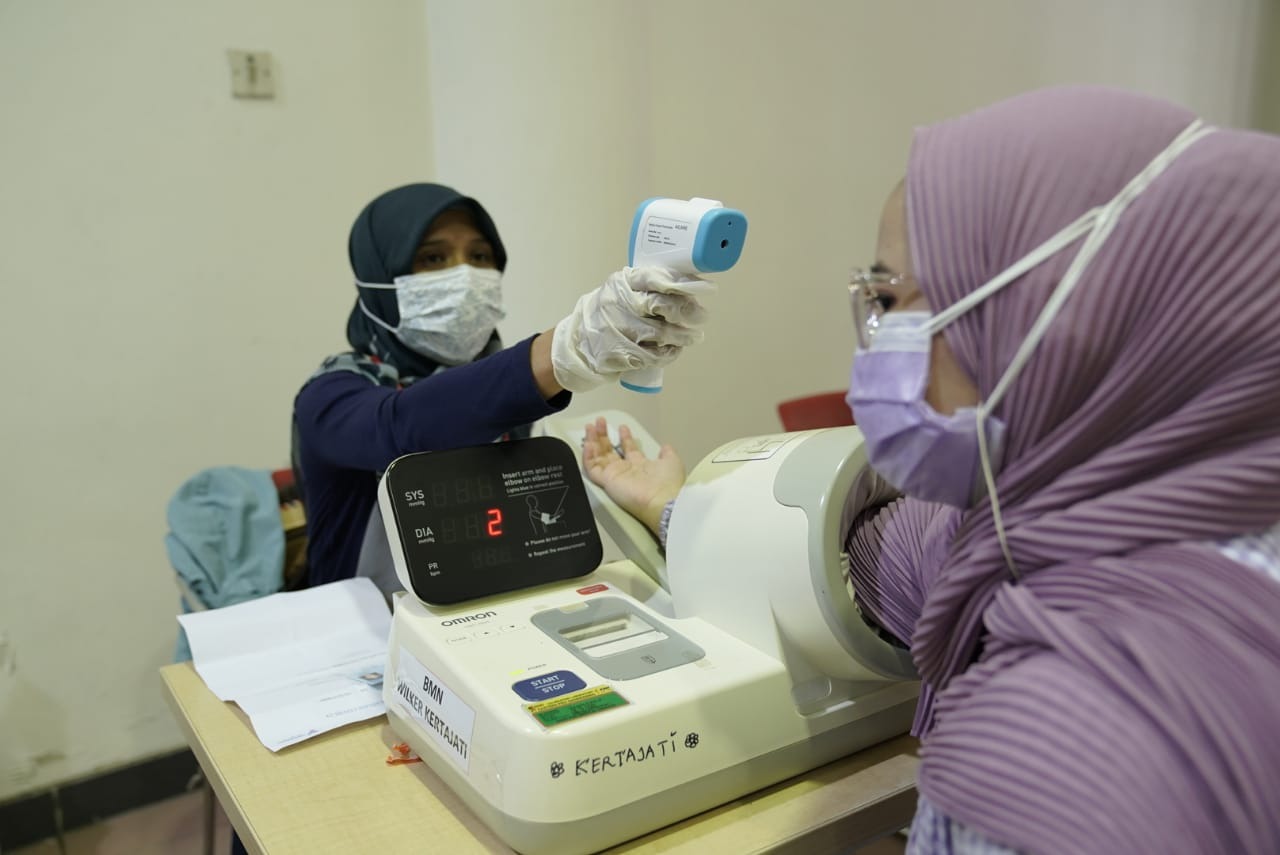 implementing-health-protocols-second-phase-of-healthcare-workers-vaccination-was-conducted-in-sabuga-itb