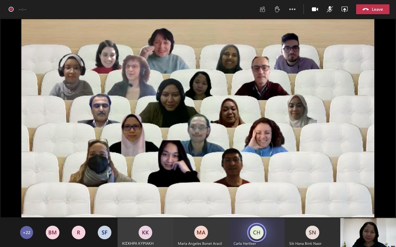 Kerja Sama dengan Erasmus+, Prodi Kriya FSRD ITB Terlibat Modernisasi Kurikulum Smart Textile di Indonesia