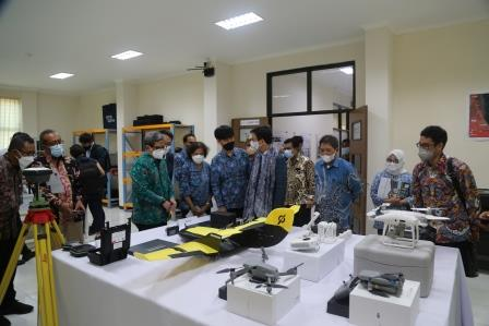 ministry-of-oceans-and-fisheries-korea-kunjungi-fasilitas-mtcrc-di-itb-kampus-cirebon