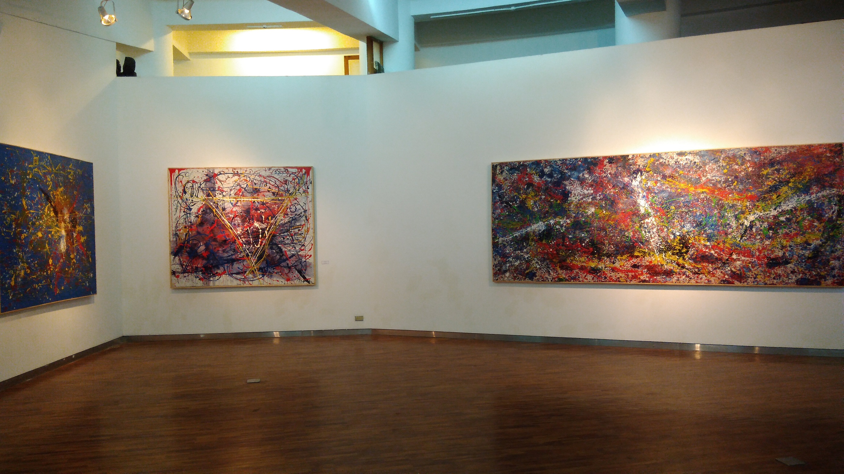 soemardja-gallery-held-exhibition-of-abstract-paintings-by-self-taught-painter