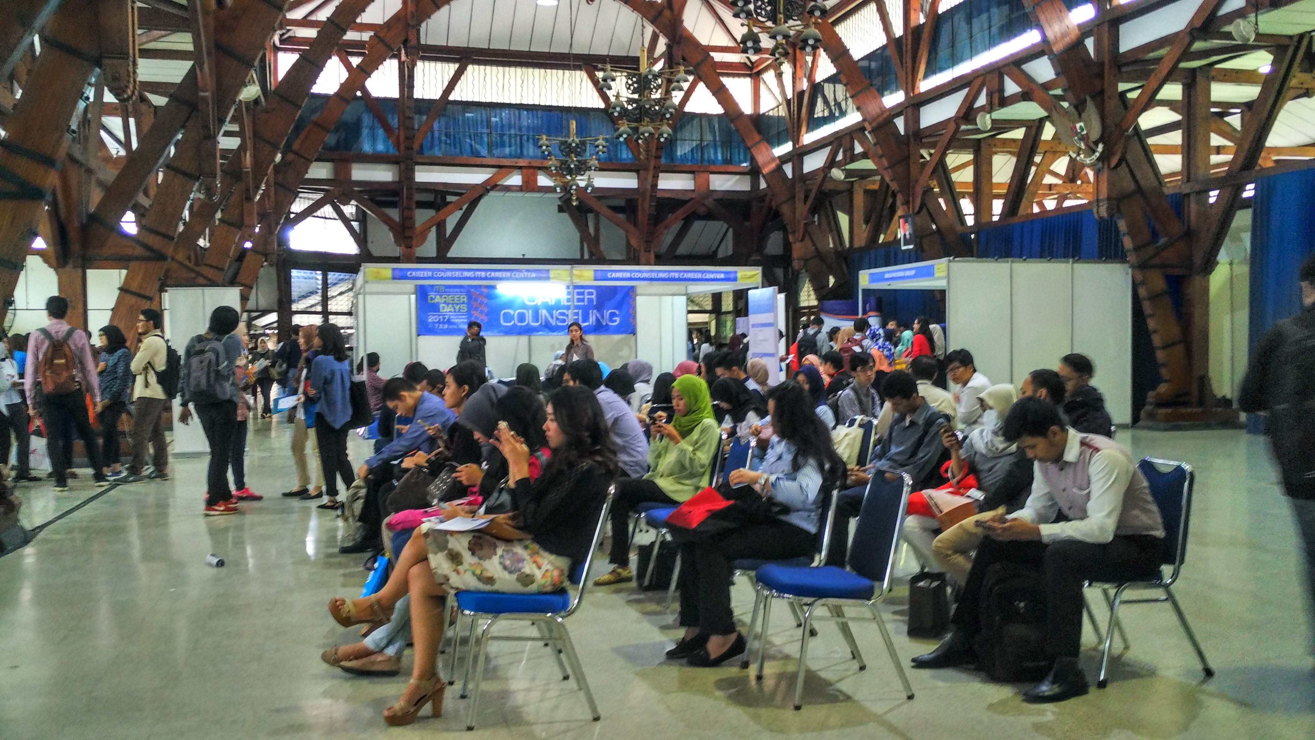 itb-career-center-held-itb-integrated-career-days-2017