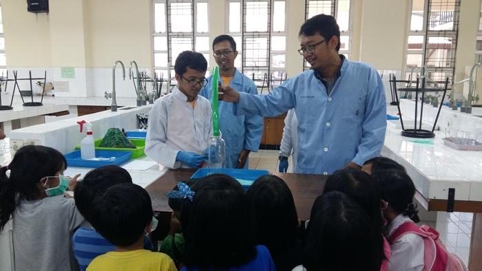 itb-peringati-70-tahun-pendidikan-tinggi-kimia-di-indonesia