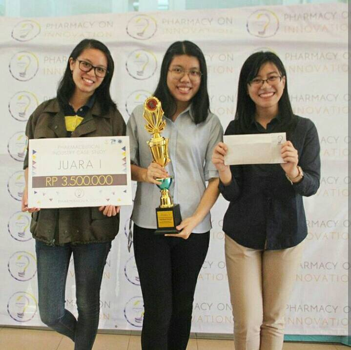 Mahasiswa ITB Raih Juara 1 PICS pada Pharmanova 2017