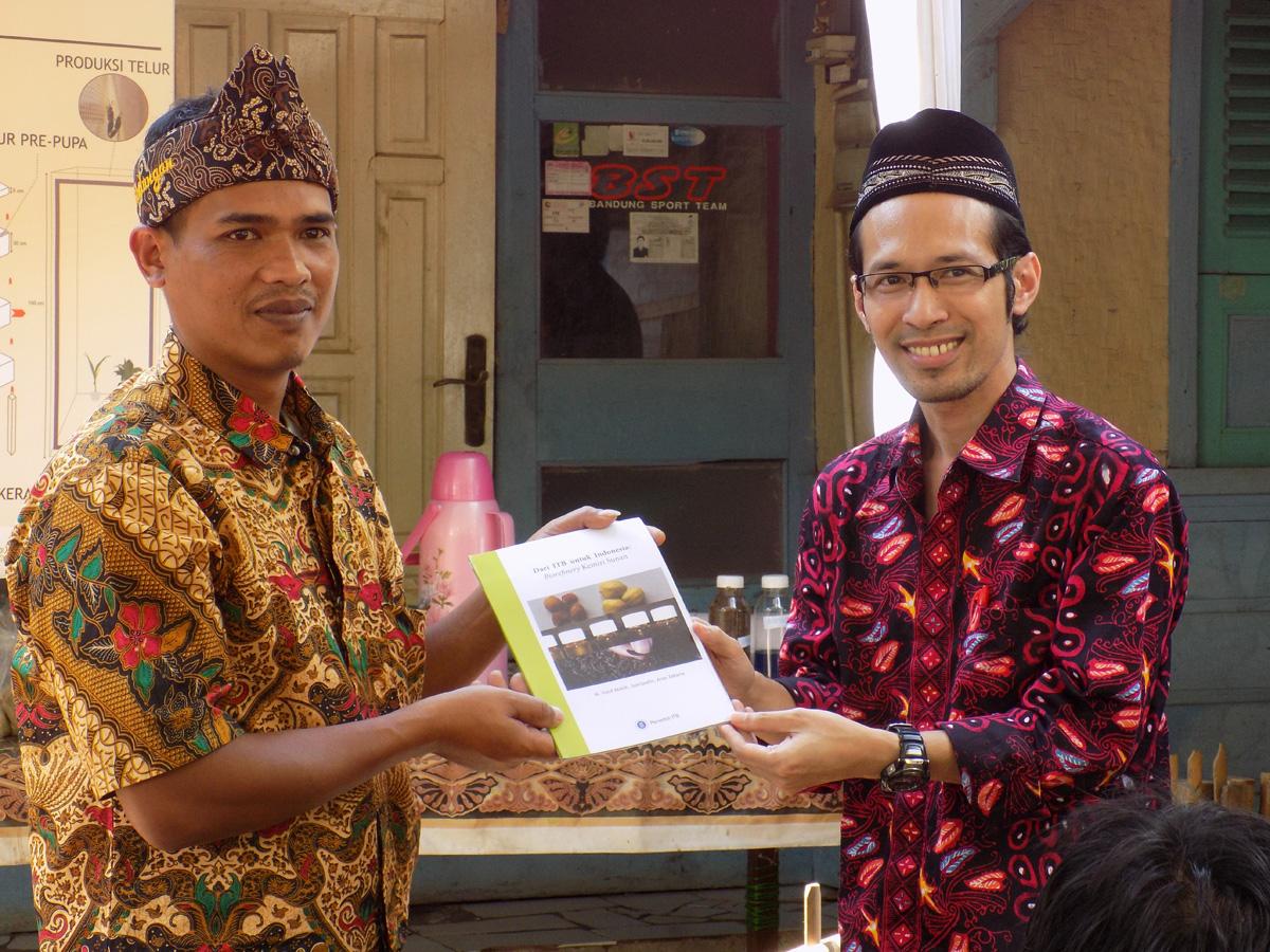 KK ATB Ajak Masyarakat Cibeusi Berkenalan Dengan BSFL