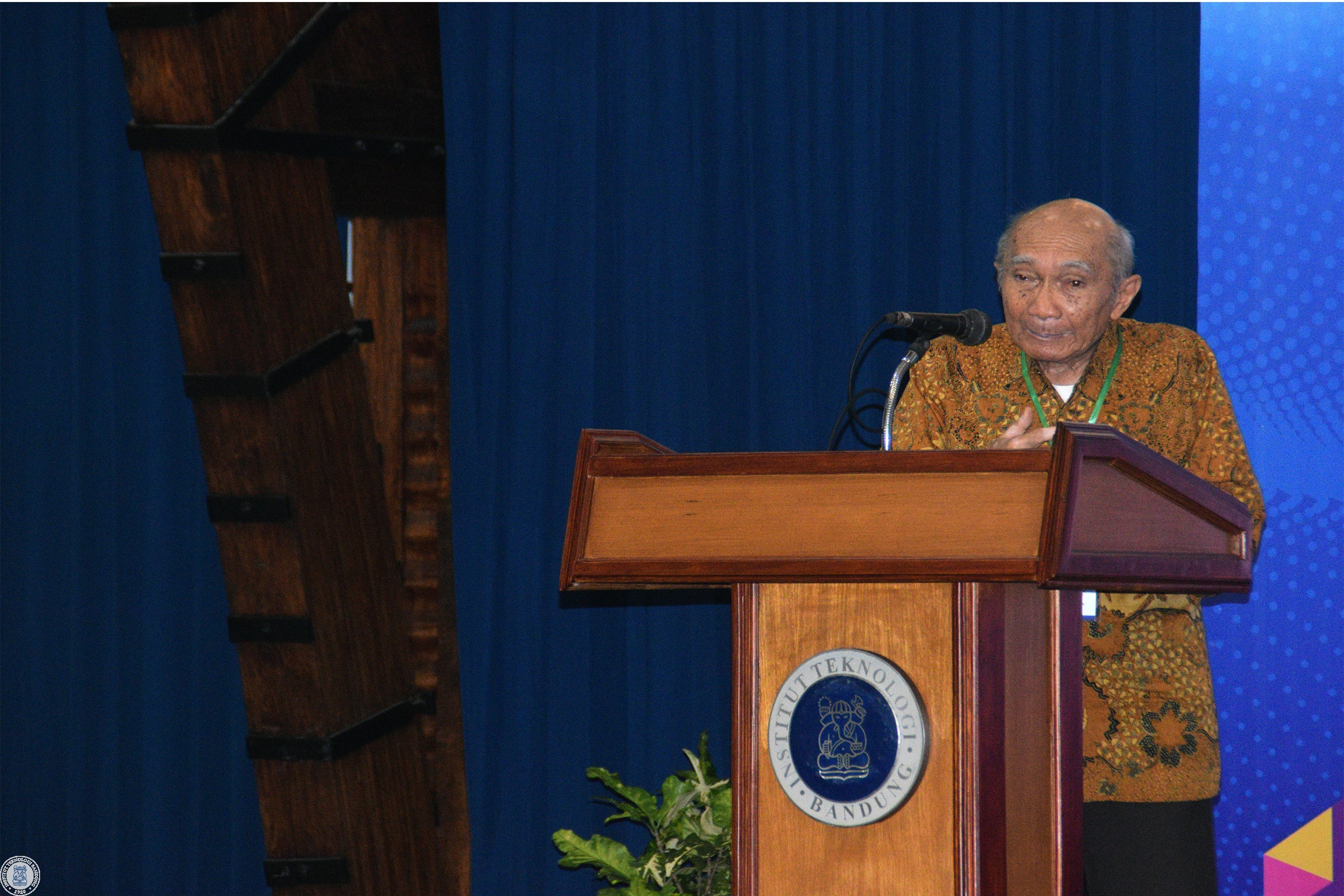 70th-year-of-fmipa-itb-seminar-consistency-in-devotion-to-sciences-and-mathematics-for-nation
