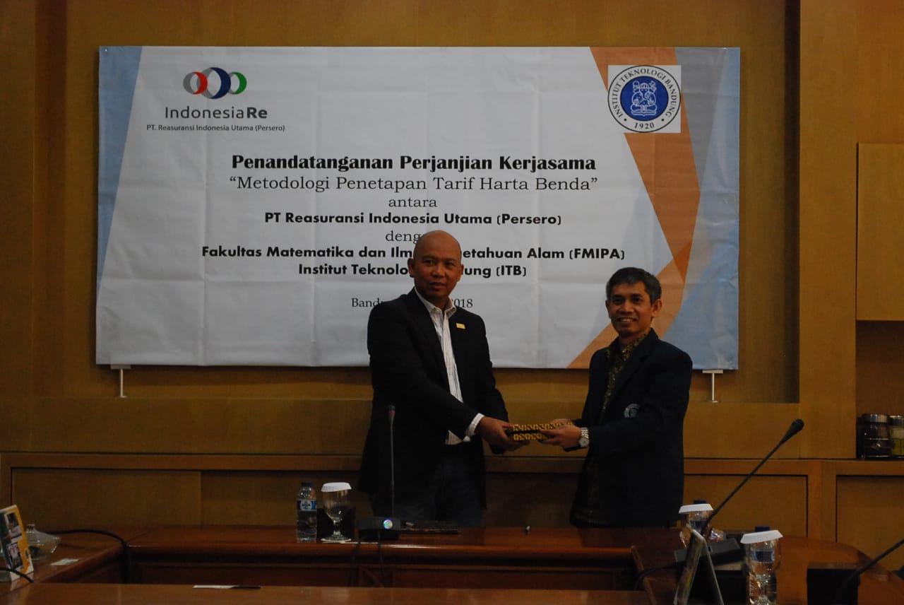 fmipa-itb-ties-cooperaton-with-reasuransi-indonesia
