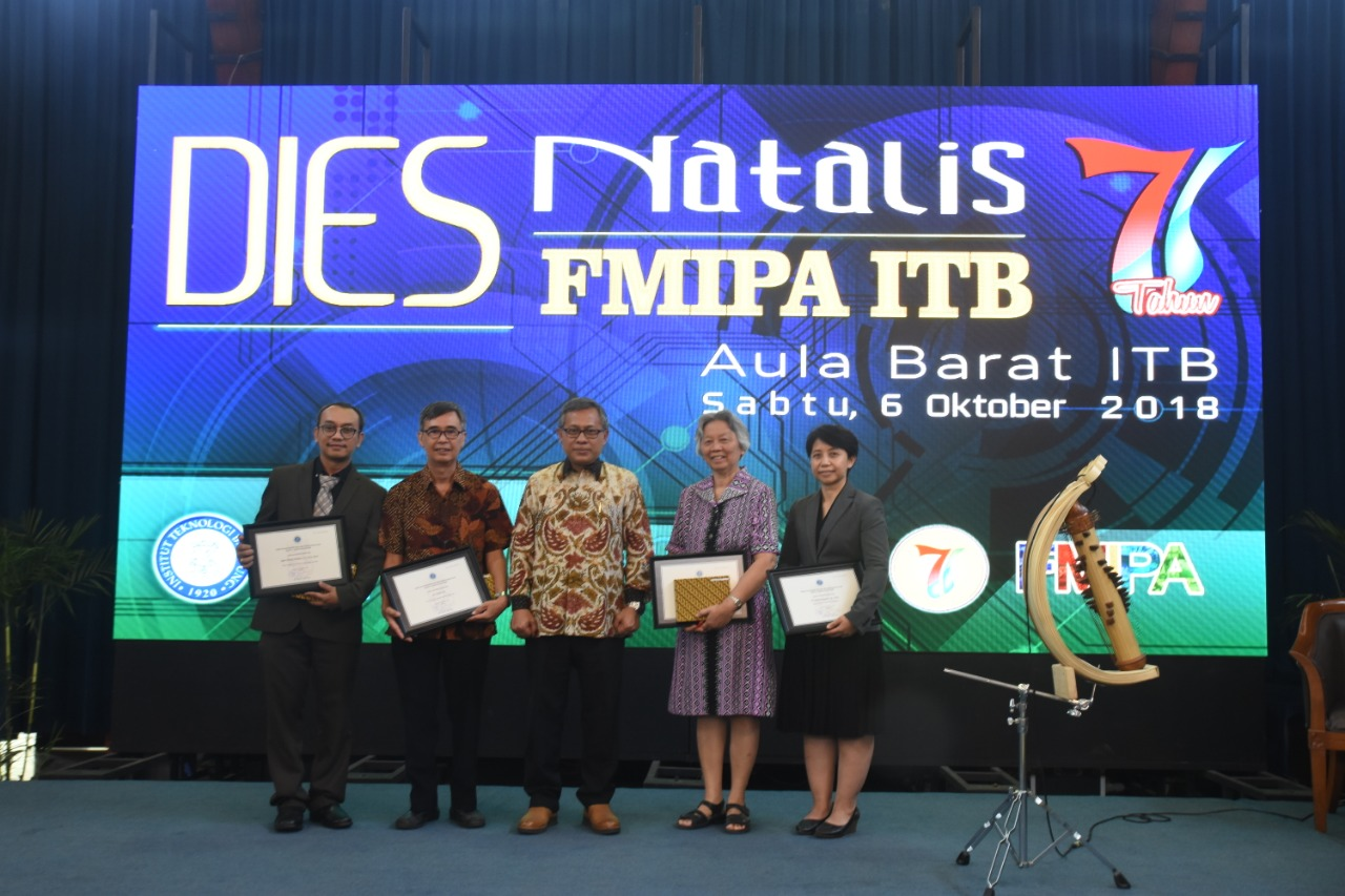 commemorating-its-71st-year-fmipa-itb-held-award-ceremony