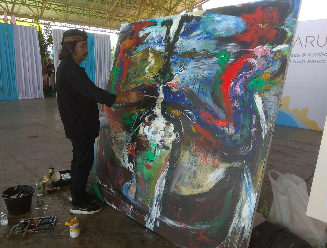 Citarum Menginspirasi Karya Seni Tisna Sanjaya Institut