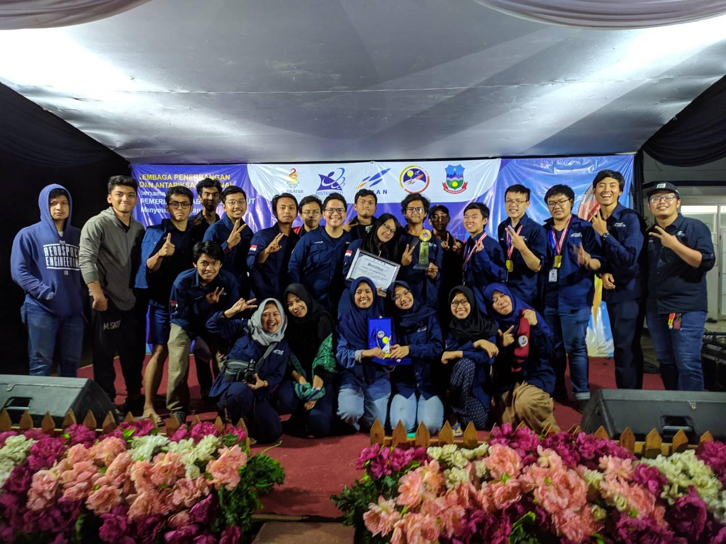 tim-dago-atmosfera-itb-raih-juara-2-di-kompetisi-komurindo-kombat-2019