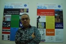"""Yan Yan Sunarya, """"Doktor Batik Sunda"""" dari ITB"""