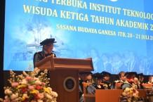 ITB Gelar Wisuda Ketiga Tahun Akademik 2017/2018