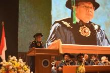 Peresmian Penerimaan Mahasiswa Baru Program Doktor, Magister, dan Profesi, Prof. Khairurrijal Berikan Orasi Ilmiah
