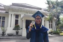 """Ajeng Sekar, Tendik ITB Peraih Beasiswa PasTi dan Penggagas Gerakan """"Maparin Tuangeun"""""""