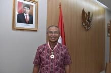 """Prof. Djoko Santoso Mendapat Penganugerahan """"The Order of The Rising Sun"""" dari Pemerintah Jepang"""